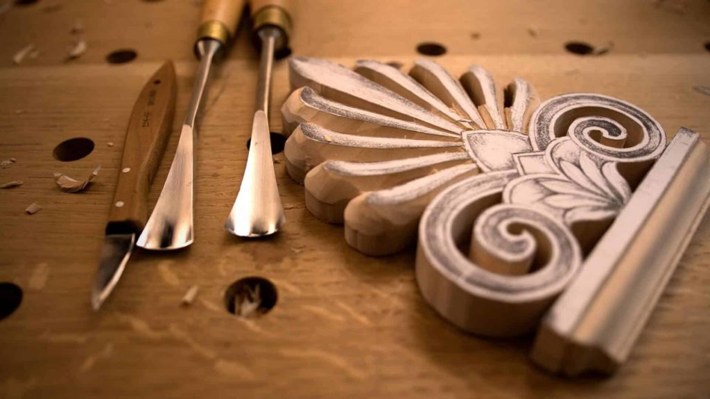 Learn to Carve Greek Acroterion at School of Woodcarving with Woodcarver Alexander Grabovetskiy https://schoolofwoodcarving.io/ #woodcarving #woodworking @grabovetskiy