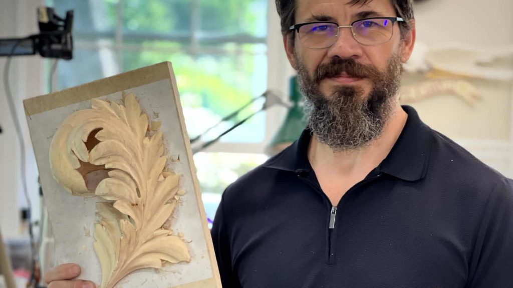 How to carve byzantine Acanthus School of Wood Carving